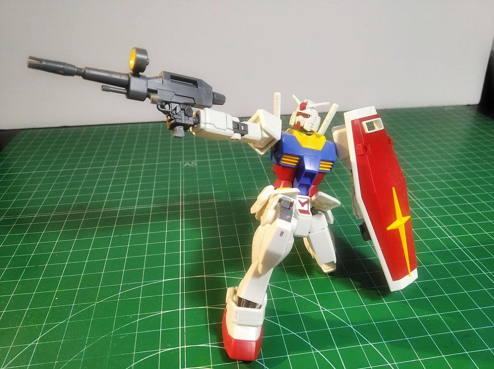 RX-78-2 Gundam 1/144 Revive