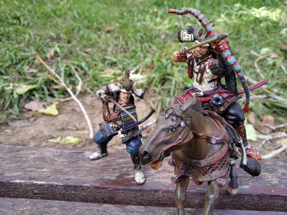 Figuras de Samurais listas para el combate
