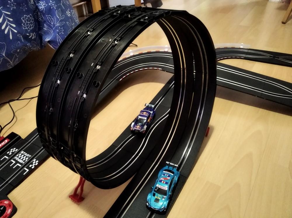 Looping característico de los circuitos Carrera Go!