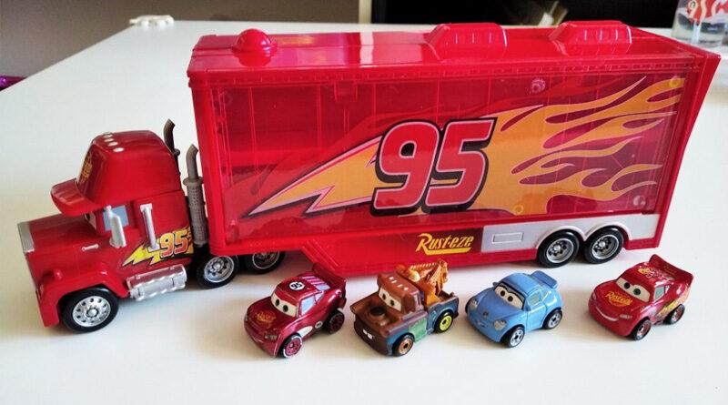 Mack Transporter Cars