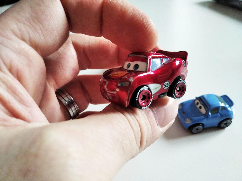 McQueen Metallic Metal Mini Racers Cars Mattel