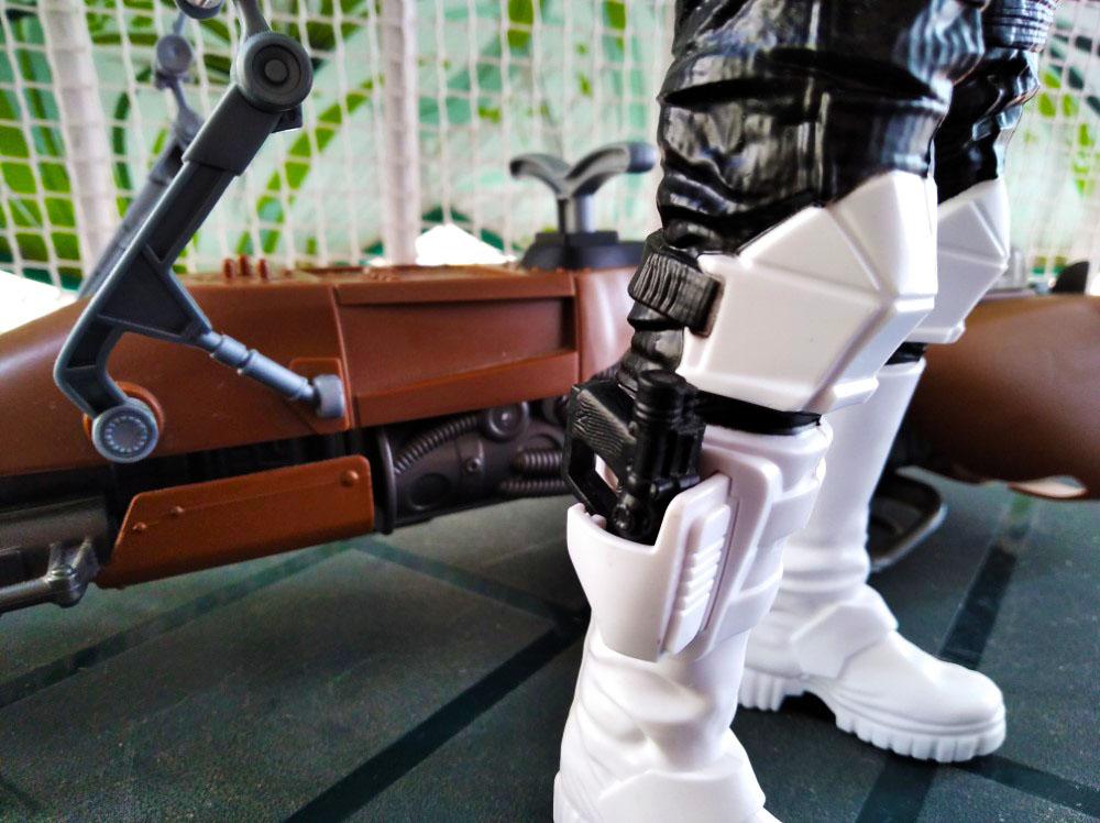 Detalle de la cartuchera para el blaster