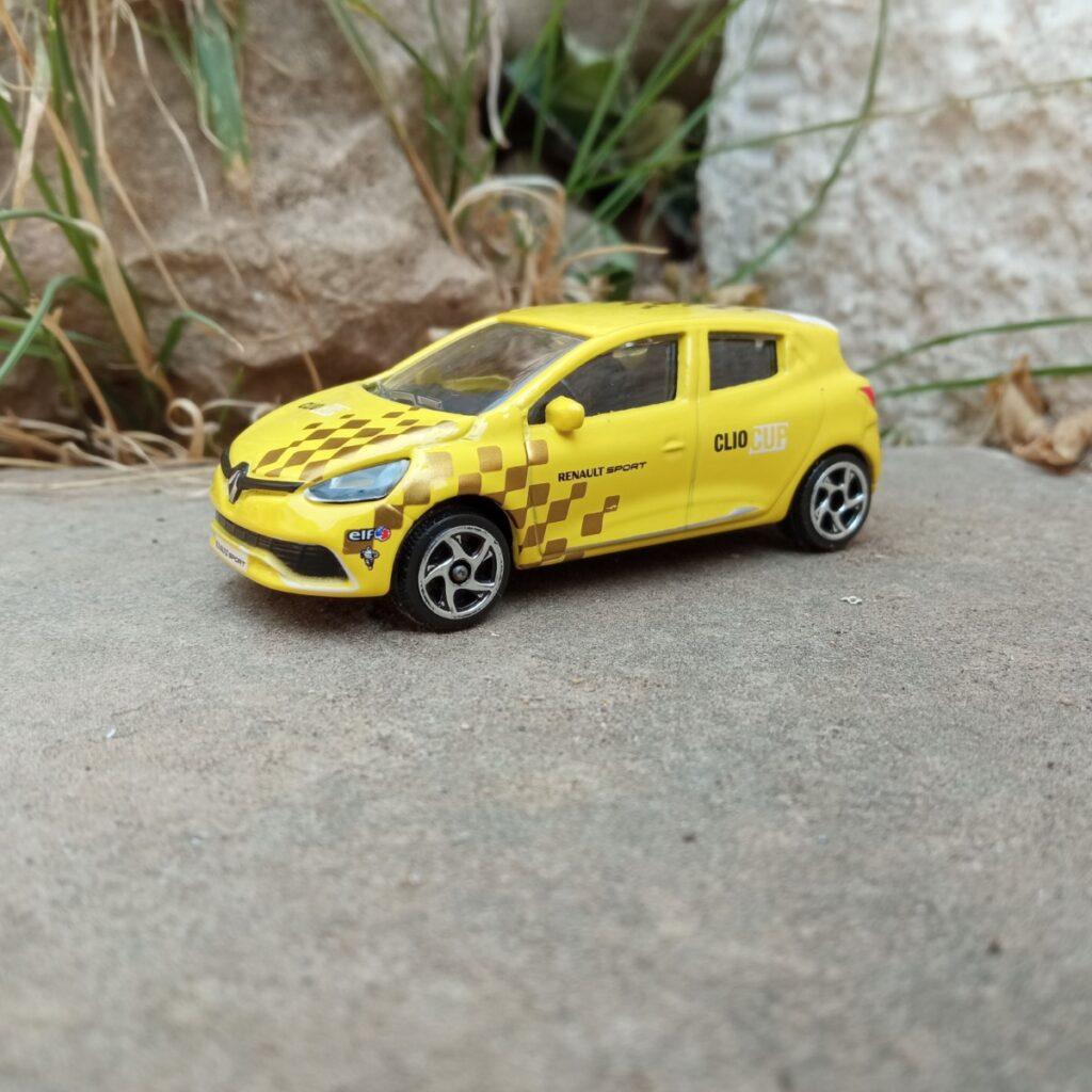 REnault Clio Sport Metal Racing Cars de Majorette